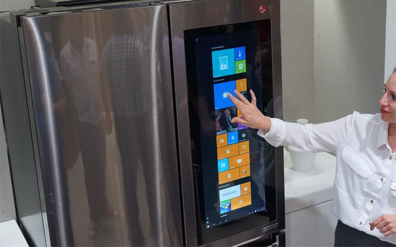 Το InstaView Door-in-Door ψυγείο της LG διακρίθηκε από την επιτροπή Red Dot για τον πετυχημένο συνδυασμό μιας συσκευής υψηλής αισθητικής με διαδραστική τεχνολογία.
