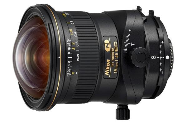 """TIPA 2017: Ο φακός PC NIKKOR 19mm f/4E ED που κέρδισε το βραβείο """"Best Professional Lens"""""""