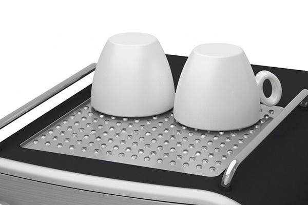 Ημιαυτόματες μηχανές espresso: Βάση προθέρμανσης φλιτζανιών