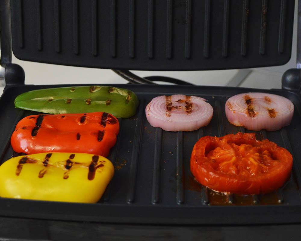 Σαντουιτσιέρα/ Τοστιέρα Pyrex SB-240: Λαχανικά