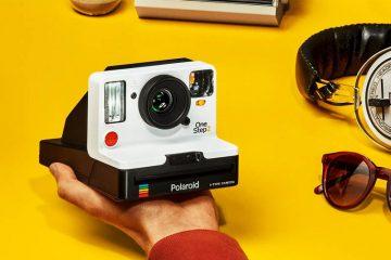 Η Polaroid Originals επιστρέφει με την κυκλοφορία της νέας φωτογραφικής μηχανής i- Type OneStep 2, αντλώντας έμπνευση από την αυθεντική φωτογραφική μηχανή OneStep του 1977.
